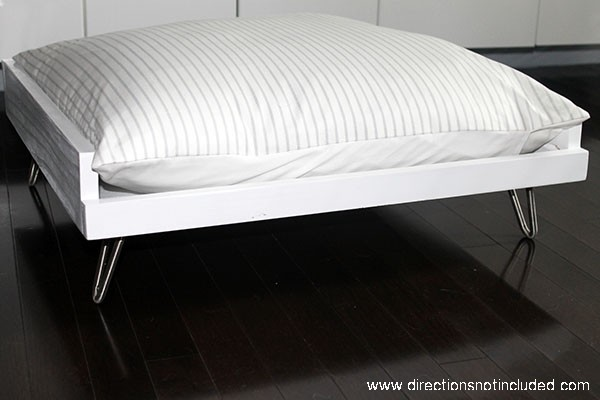 DIY_MidCentury_Pet_Bed2