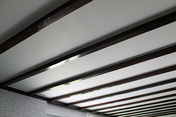 Exposed_Beam_Ceiling1